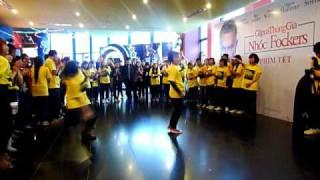 BSB flashmob As long as you love me + Straight through my heart
