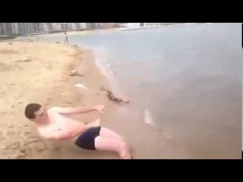 слабый!!! Извините, что смотреть пляжное порно то, что
