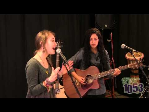 Lauren Daigle - SPIRIT Live Lounge At SPIRIT 105.3 FM