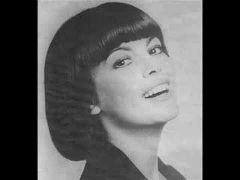 Клип Mireille Mathieu - Je veux t'aimer comme une femme