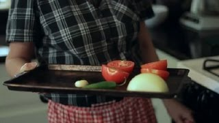 Salsa Recipe With Tomato, Jalapeno, Onion & Cilantro On The Stovetop : Salsa Ideas
