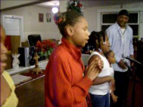 WC McClinton Gospel Singers~~Young GIRLS Singing f...