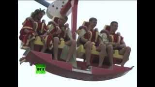 Самое большое колесо обозрения в России(Самое большое в России колесо обозрения было запущено в субботу в Сочи. Колесо достигает 80 метров в высоту..., 2012-07-02T11:26:48.000Z)