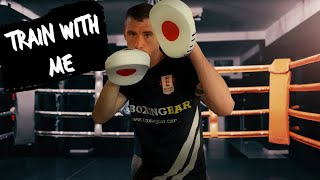 6 x 2 minute Rounds of Virtual Pad Work for Boxing