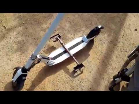 PAT 1: Silla de ruedas y patinete electrico. Wheelchair and