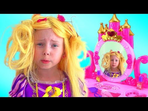 Alice And Mommy Play Kids Hair Salon With Makeup Toys