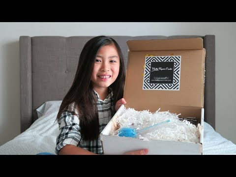 Hello Paper Crate Stationery Subscription Box Unboxing