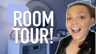 OUR ROOM TOUR!