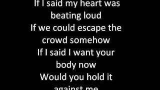 Britney Spears -Hold it against me lyrics