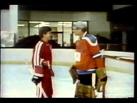 Bobby Orr NHL Hockey HOF scores on George Plimpton