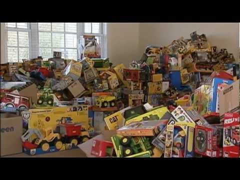 Child Killed at Zoo Inspires Truck Donations