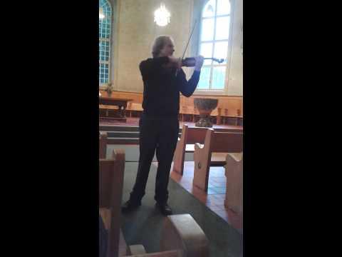 Alexandre Dubach plays Paganini Bel Canto