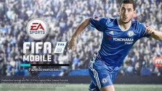 jogando FIFA MOBILE