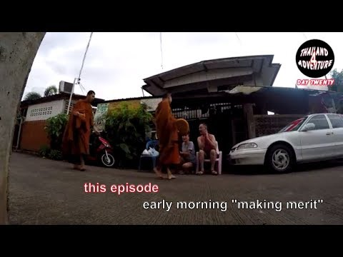Offering food and drink to the monks: giving merit for a blessing