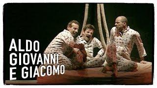 I gemelli: lo stercorario (1 di 5) - I Corti di Aldo Giovanni e Giacomo