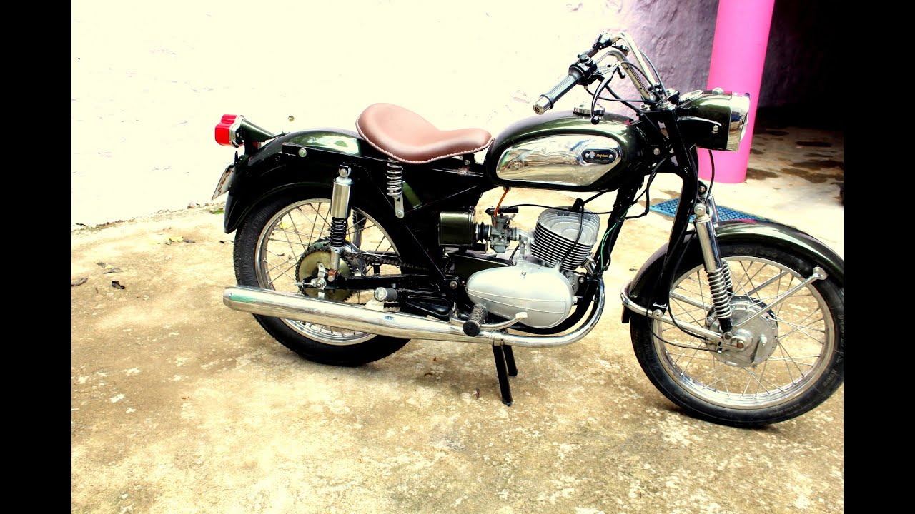 Bike Modified Parts >> England hand made 175cc Escorts Rajdoot - YouTube