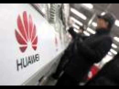 Huawei seeks to move up smartphone food chain with new Ascend P7