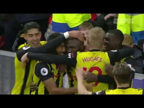 Premier League: com dois golaços, Watford vence o Huddersfield por 3 a 0