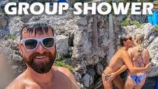 group-shower-on-the-isle-of-capri-s4-e18