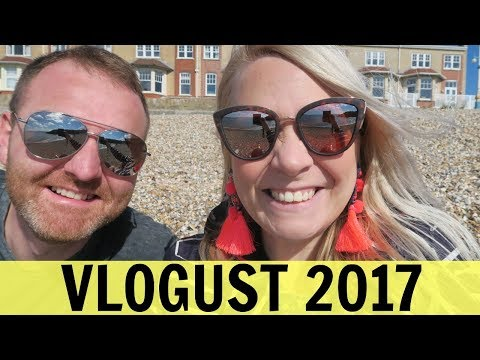 VLOGUST 2: Beaches & Pat Butcher Earrings