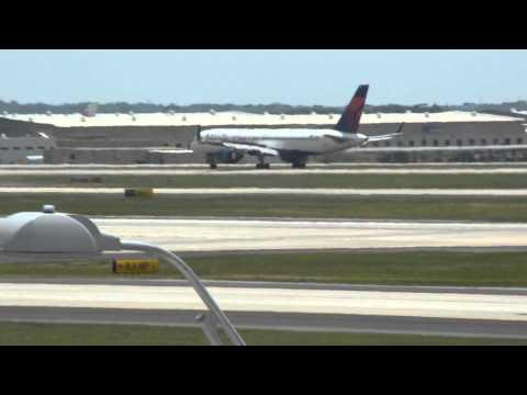 Plane spotting Hartsfield-Jackson Atlanta, 5-16-15