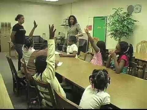 Psychologist Offers Mental Health Therapy In Inner City
