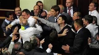 Депутат попал в больницу после драки в Верховной Раде-ВИДЕО