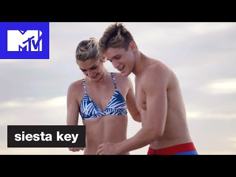 'Kelsey & Carson's New Romance?' Official Sneak Peek   Siesta Key: Winter   MTV