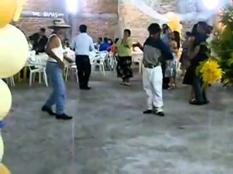 Borrachos Bailando Winnetka