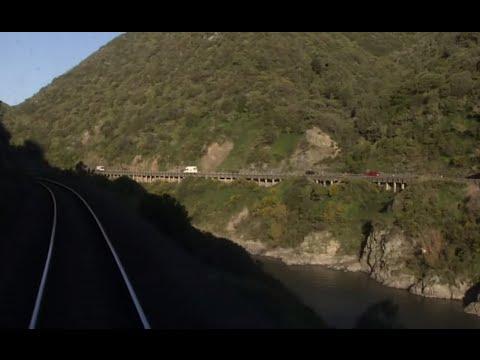 Tracks Ahead - Trains of New Zealand