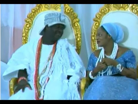 See First Appearance Of Ooni Of Ife And His New Wife, Olori Naomi As She Ministers (Video)