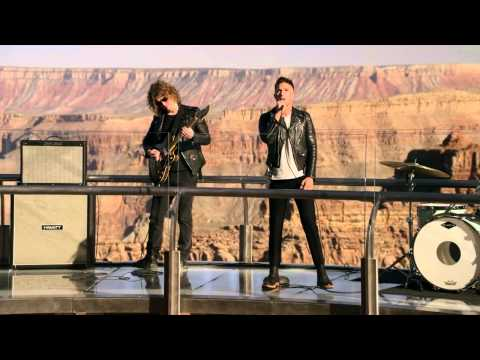 The Killers - Shot at the Night (March Madness 2014)