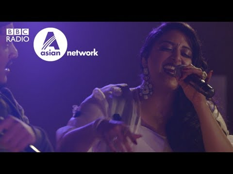 Raja Kumari ft. DIVINE - City Slums - Asian Network in Mumbai