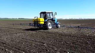 Трактор МТЗ 82.1 и опрыскиватель Polmark(Трактор МТЗ 82.1 и опрыскиватель Polmark https://youtu.be/O1paXrsgIAE Трактор МТЗ 82.1 (Беларус) на сегодня один из более распро..., 2016-05-09T09:46:20.000Z)