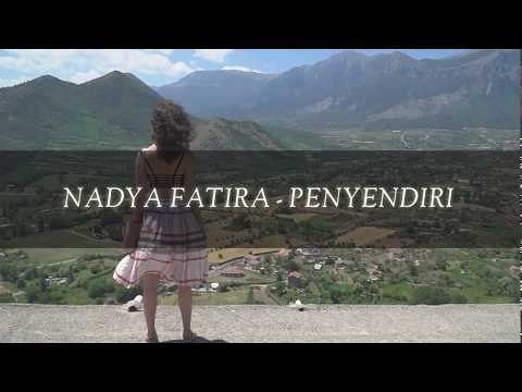Nadya Fatira - Penyendiri (Lirik)