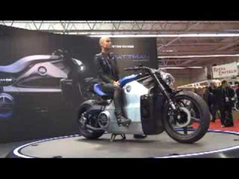 le salon de la moto de paris 2013 par youtube. Black Bedroom Furniture Sets. Home Design Ideas
