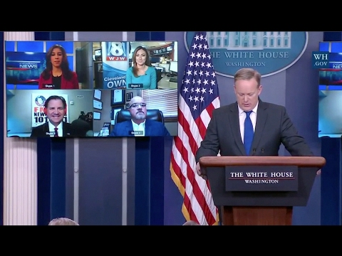 Skype Used For 1st Time To Take Non-DC Questions At White House Briefing