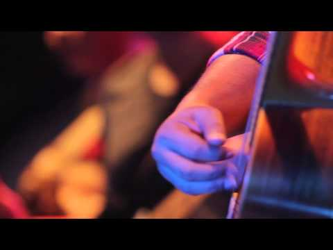 Float - Pulang (Live At Folk Music Festival 2014)