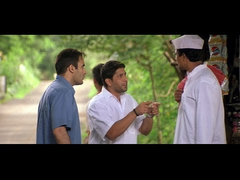 Akshaye Khanna and Arshad Warsi goes to Gangapur to meet Farah (Hulchul)