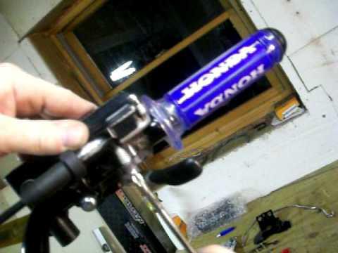 thumb Dirt throttle bike