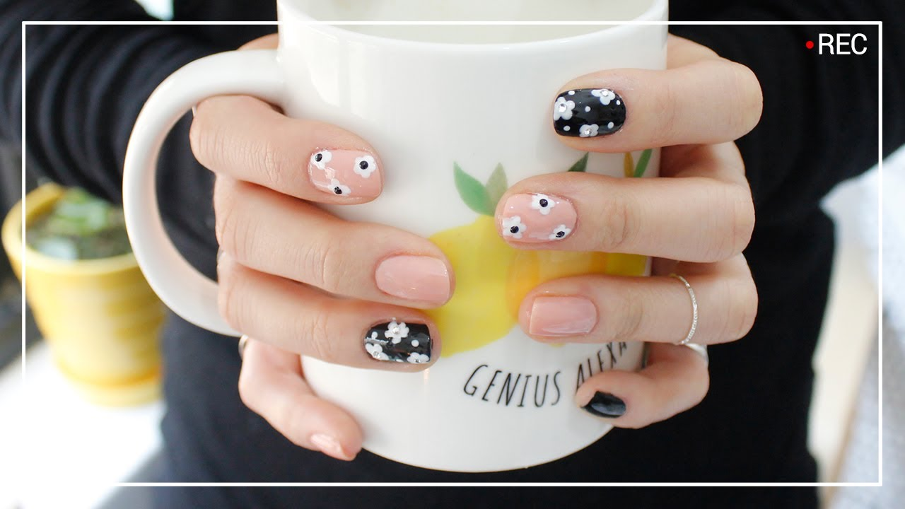 nail art easy and cute flower