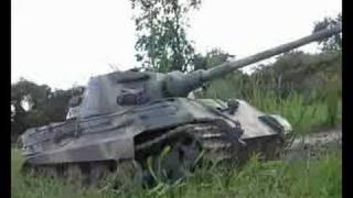 14 RC King Tiger RC Tank Driving Through the Mud