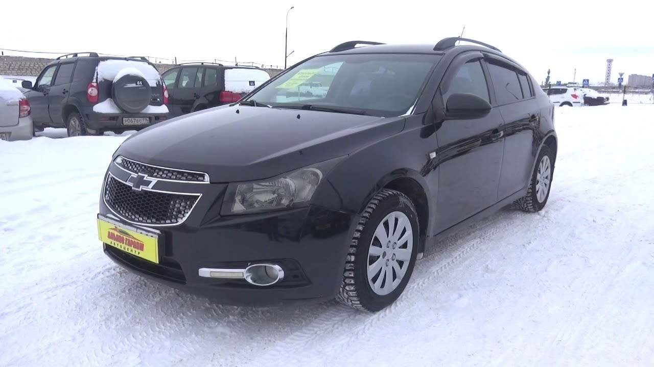 2012 Chevrolet Cruze 1.6 AT. Start Up, Engine, and In Depth Tour.