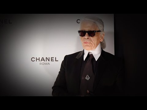 Chanel's Karl Lagerfeld Dies At 85