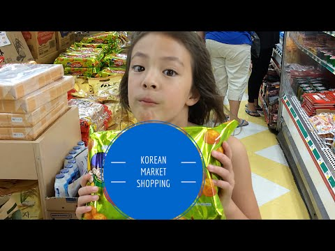 FoodMania Review: Shopping Adventures - Korean Market with Chloe Noelle