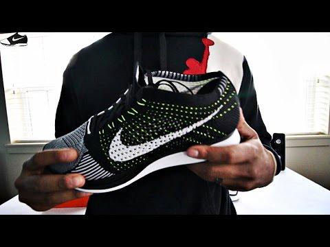 16c9c0885b71 Nike Flyknit Racer Black white Volt