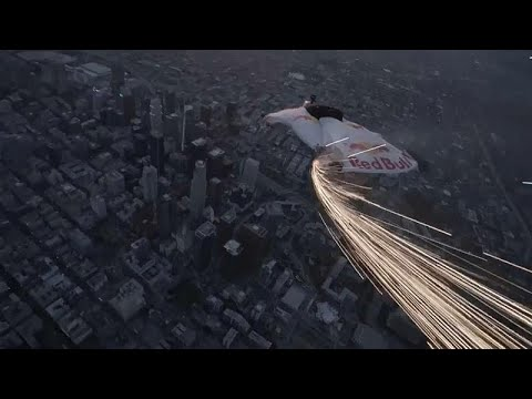 شاهد: القمر العملاق ينير سماء لوس آنجليس  - نشر قبل 17 دقيقة