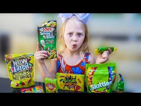EVERLEIGH DOES ULTIMATE SOUR CANDY CHALLENGE!!!!