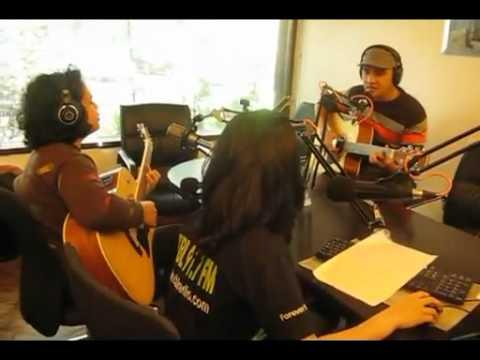 TAURUZ - BABY I'M SORRY : Live @ Radio CBL Bandung