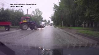 Spectacular Tractor Crash